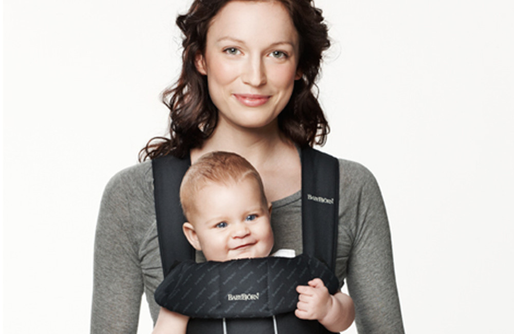 Proven benefits of baby slings and carriers